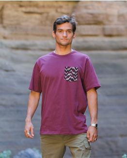 Jacquard pocket Burgundy tee